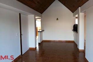 Apartamento en venta en Carlos E. Restrepo con acceso a Solarium