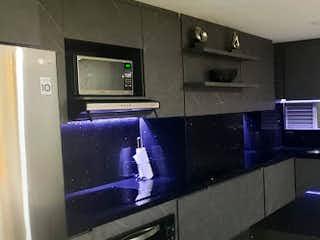 Un cuarto de baño con lavabo y un espejo en Apartamento en Venta LAS ANTILLAS