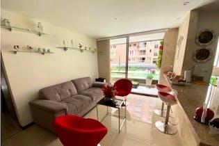 Apartamento en venta en El Poblado 80m² con Jardín...