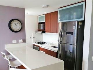 Una cocina con nevera y fregadero en Apartamento en Venta CALASANZ
