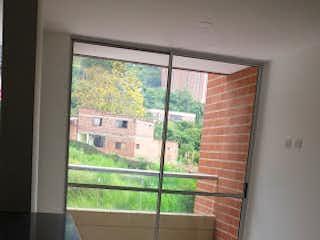 Una ventana que tiene una ventana en ella en Apartamento en Venta ASDESILLAS