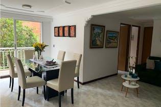 Apartamento en venta en Castropol 81m² con Piscina...