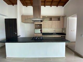Una cocina con fregadero y nevera en Apartamento en Venta LA CASTELLANA