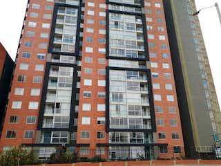 Un edificio alto sentado al lado de un edificio alto en Apartamento en venta en Bosque Popular de 74m² con Zonas húmedas...