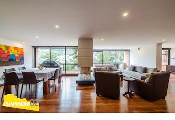 Apartamento en Chico Alto, Bogota - sala con balcones, cuarto y baño de servicio