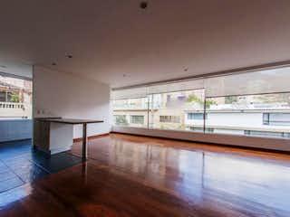 Una vista de una sala de estar y una sala de estar en Edificio Bellavista 76