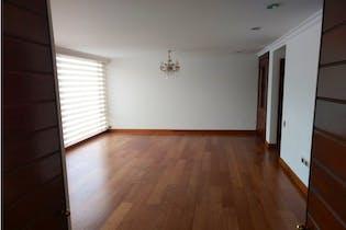 Apartamento en venta en La Calleja 152m²