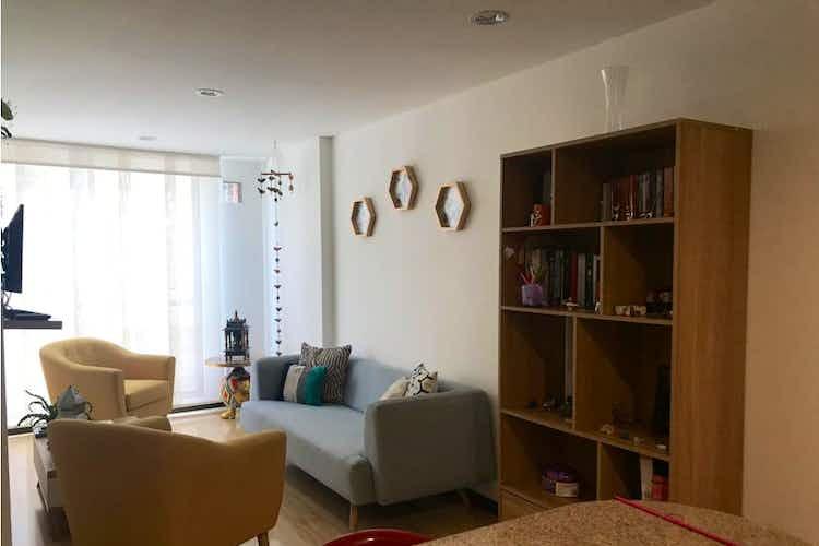Portada Vendo apartamento en Galerías, es acogedor con iluminación natural y diseño actual.
