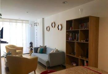 Vendo apartamento en Galerías, es acogedor con iluminación natural y diseño actual.