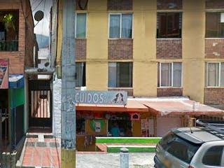 Una señal de calle en una esquina de la calle en Apartamento en Venta SAN JAVIER