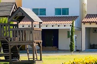Casa en venta en Urbano Bonanza de 3 alcobas