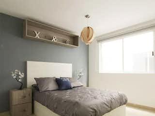 Una cama grande sentada en un dormitorio junto a una ventana en Venta de Departamento en Av. Aquiles Serdán, Azcapotzalco, Des. Torres Aquiles