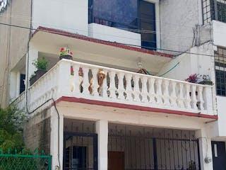 Casa en venta en Lomas De Bulevares, Estado de México