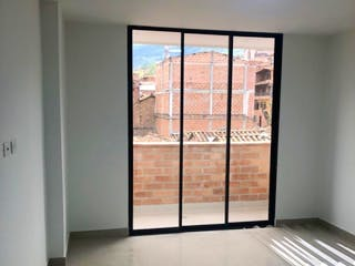 Apartamento en venta en La Milagrosa, Medellín
