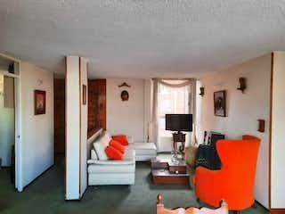 Una sala de estar llena de muebles y una televisión de pantalla plana en Apartamento En Venta En Bogota Minuto De Dios