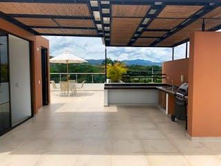 Una gran cocina con un gran ventanal en ella en CASA VENTA  CLUB HOUSE ANAPOIMA CUNDINAMARCA