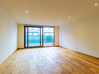 Una habitación muy bonita con una gran ventana en Galileo 310