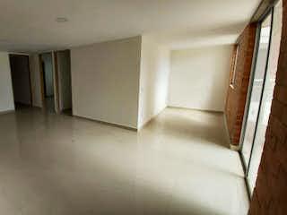 Un cuarto de baño con lavabo y ducha en Apartamento en venta en San Antonio De Pereira de 3 hab.
