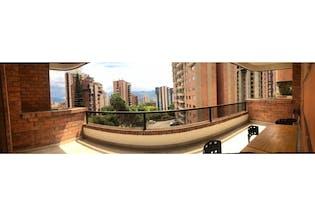 Apartamento en venta en Poblado de 73m² con Piscina...