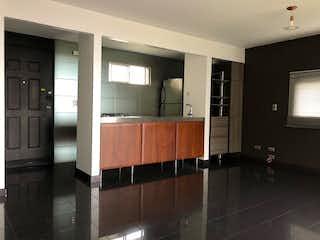Un cuarto de baño con lavabo y un espejo en Apartamento en Venta LAS PALMAS