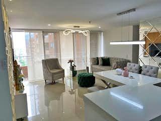 Una sala de estar llena de muebles y una gran ventana en Apartamento en Venta SAN GERMAN