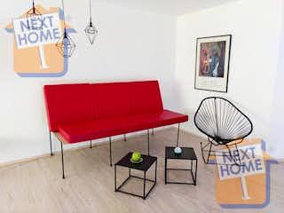 Una sala de estar con un sofá rojo y una silla en VENTA DEPARTAMENTO CUAJIMALPA inmediato a SANTA FE