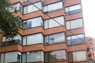 Apartamento en venta en Los Rosales de 2 hab.