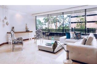 Apartamento en venta en El Poblado de 296m² con Bbq...