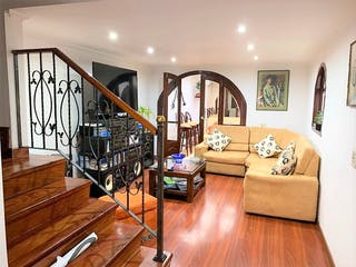 Casa en venta en Barrio Cedritos, Bogotá
