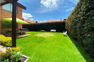 Casa en venta en Vereda Canelon, 440m² con Jardín...
