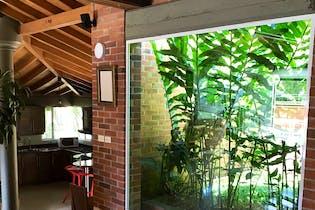 Casa Campestre en Robledo-Pajarito, con 2 Habitaciones - 387 mt2.