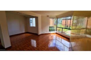 Apartamento en venta en Prado Veraniego de 3 hab. con Jardín...