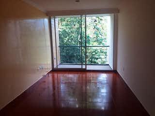 Una ventana grande en una habitación con una ventana en Apartamento en Venta SURAMERICA