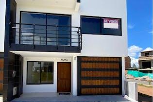Casa en venta en Rionegro 144m² con Balcón...