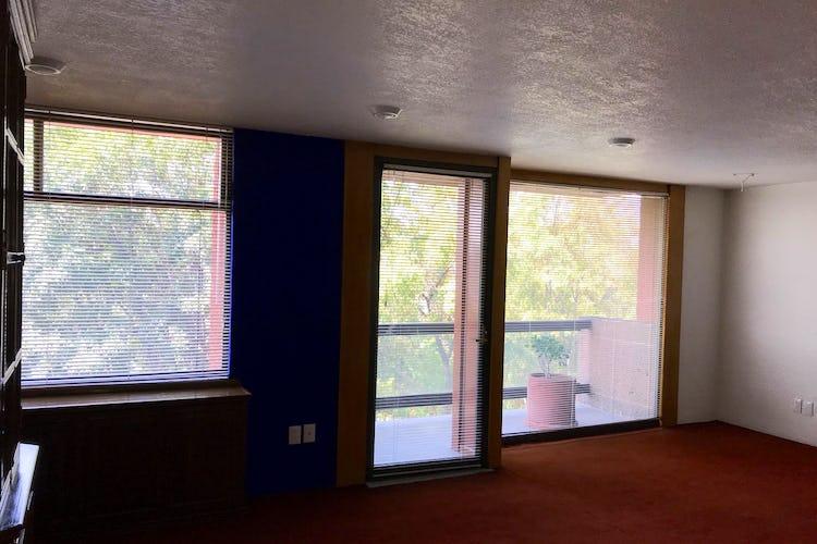 Foto 5 de Departamento en Venta Merced Gómez con terraza y balcón