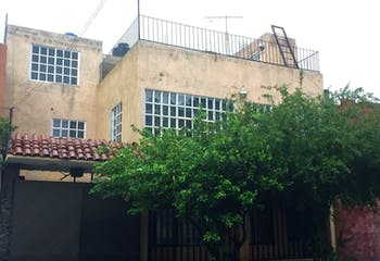 Casa en Constitución de 1917, Iztapalapa