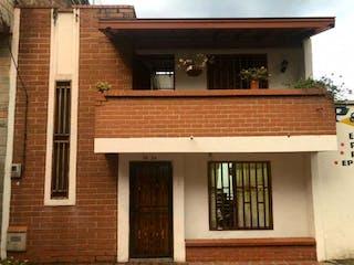 Casa en venta en Belén Centro, Medellín