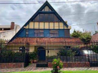 Casa en venta en Santa Bárbara Central, Bogotá