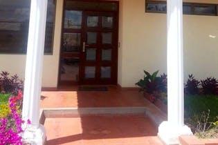 Casa en venta en Casco Urbano Cota con acceso a Gimnasio