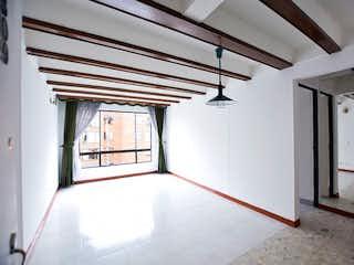Una vista de una habitación con un ventilador de techo en Apartamento en Venta en Castilla, Kénnedy