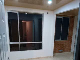 Una cocina que tiene una ventana en ella en Apartamento En Venta Vereda Verganzo, Tocancipá