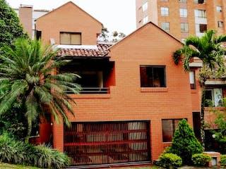Casa en venta en La Tomatera, Medellín