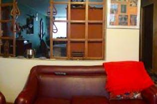 Casa En Venta En Bogota Normandia, con 5 habitaciones.