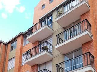 Un gran edificio de ladrillo con un montón de ventanas en Apartamento en venta en Casco Urbano Zipaquirá de 3 hab.
