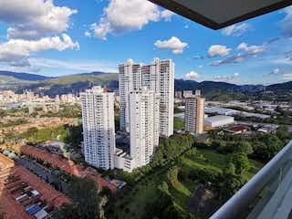 Una vista de una ciudad en la distancia en Apartamento en venta en Suramérica de 2 hab. con Piscina...