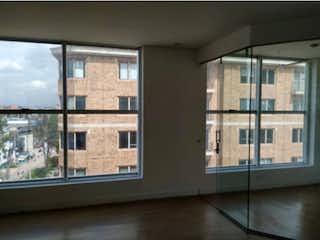 Un par de ventanas que están en una habitación en Apartamento en venta en Britalia 70m²