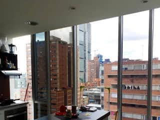 Una habitación llena de muebles y una ventana en Apartamento en venta en Las Aguas de 1 habitación
