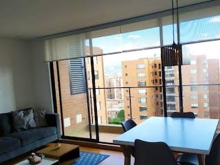 Una sala de estar llena de muebles y una ventana en Apartamento en venta Ubicado en Colina Campestre