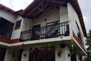 Casa Campestre En Venta En Cota paqueo para 4 vehiculos