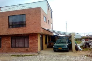Casa en venta en Bojacá 270m²